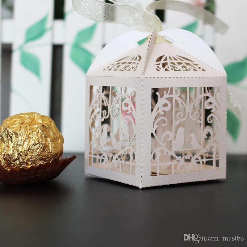 150 adet Aşk Kalp Beyaz Kuş Kafesi Küçük Lazer Hediye Şeker Kutuları Düğün Favor Şerit Çanta Ile Dekor Pembe