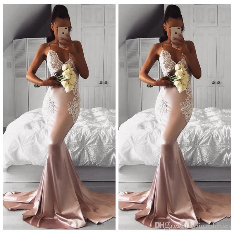 Charming 2018 Spaghetti-Trägern Satin Mermaid Prom Kleider Lace Appliques Backless Sweep Zug Formal Party Gown Abendkleid