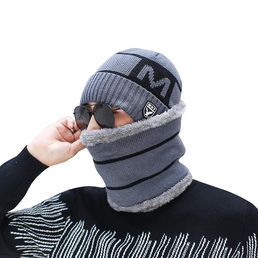 dacecf809a7 2019 Men Winter Hat Scarf Set Knitted Letter Wool Winter Set 2018 Caps  Beanies Men S Scarves Neck Warmer Ski Caps Scarves From Exyingtao