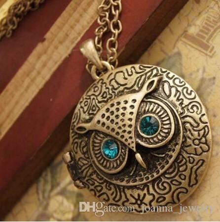 Retro Owl Pendant Necklace Crystal Charms Blue Eye Owl Jewelry Opening Locket Bronze Pendant Sweater Chain Necklace for women Girl