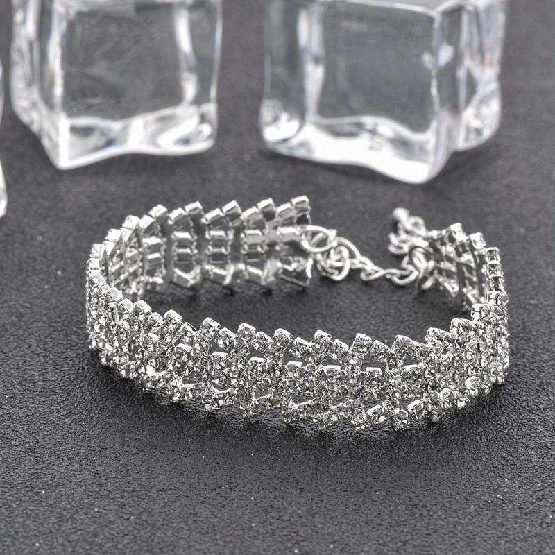 TOUCHEART 2018 Lüks Kristal Charm Bilezik Bilezik Kadınlar Için Gümüş renk Bilezikler Femme Gelin Düğün Takı SBR170073