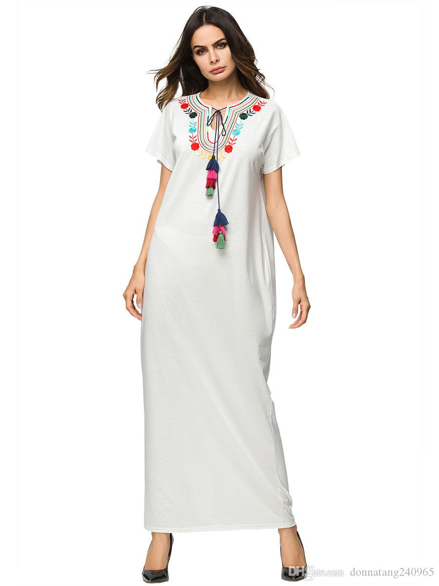 f035c39a84 2019 Middle East Muslim Women Fashion O Neck Short Sleeve Casual Loose  Embroidery Long Dress Ramadan Eid Robe Abaya Gown From Donnatang240965