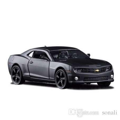 Compre 1 36 Escala De Chevrolet Camaro Modelo De Coche De Metal