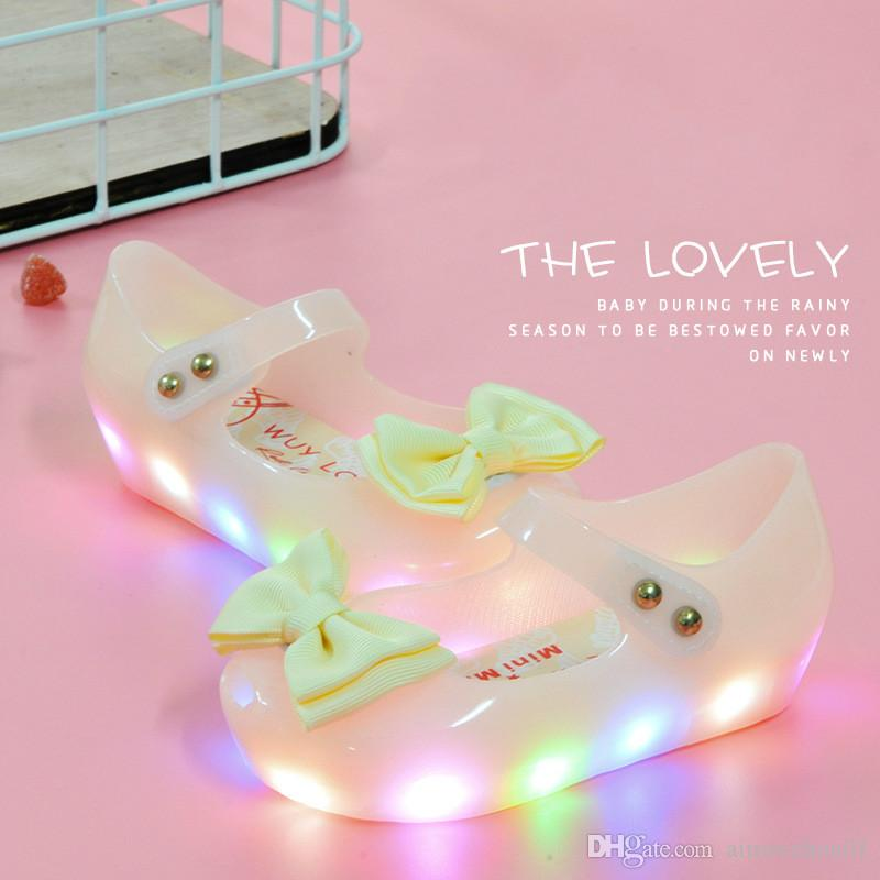 4f8bd25c44d 2017 Summer Shine Mini Melissa LED Light Shoes Luminous Girls Sandals Bow  Kids Shoes Children Beach Sandals LED Flash Antiskid Jelly Shoes Buy Online  Kids ...