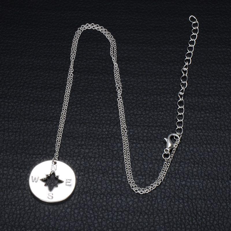 Mujeres Collar de plata y chapado en oro color de aleación de zinc Mujeres colgante lindo de la hermana de la joyería del collar del encanto del compás por un regalo