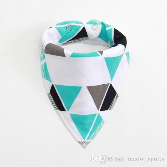 24 Tasarımlar INS Moose Geyik tilki önlükler Burp örtüleri yeni el yapımı bebek kız erkek su geçirmez üçgen bandaj Saf pamuk bandaj Toka bebek ...