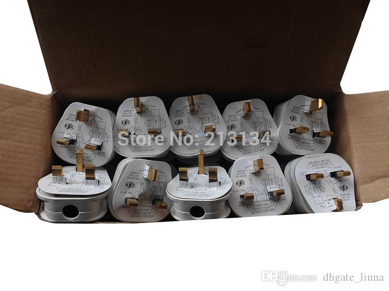 En gros UK Plug électrique blanc et noir UK Plug Ménage Plug industriel 240V.250V.13A Standard Mise à la terre