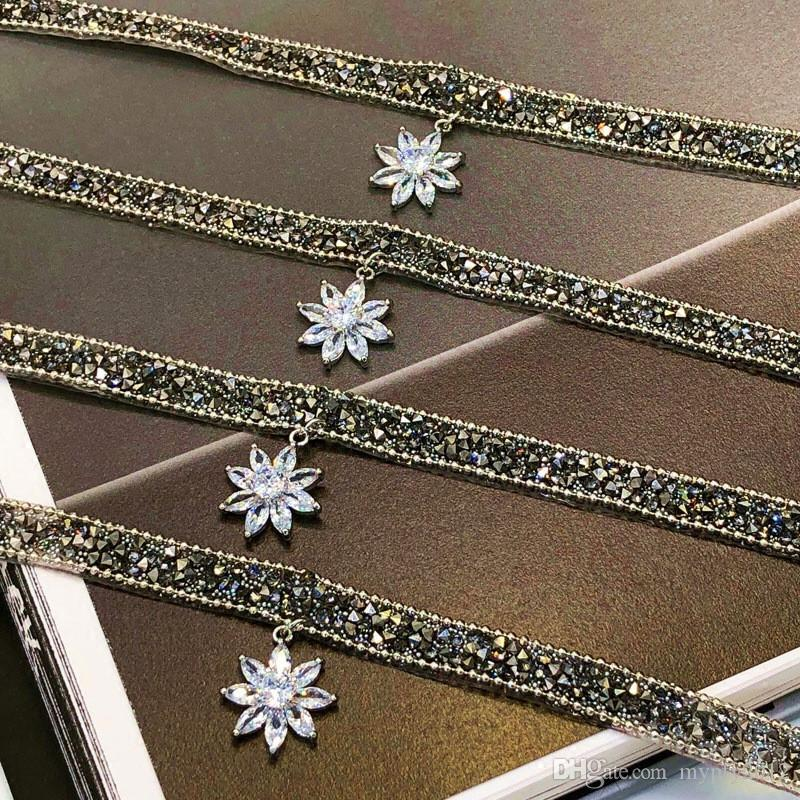 New Boho Style Black Leather Bib Chain Rhinestone Choker Necklaces For Women Party Gifts Wedding Band Crystal Flower Charms Collar Necklace