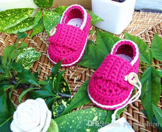Baby Boy Booties, Newborn Shoes, brown Christening Shoes, handmade crochet Baby Shoes Newborn Photos size: 9cm11cm,13cm /