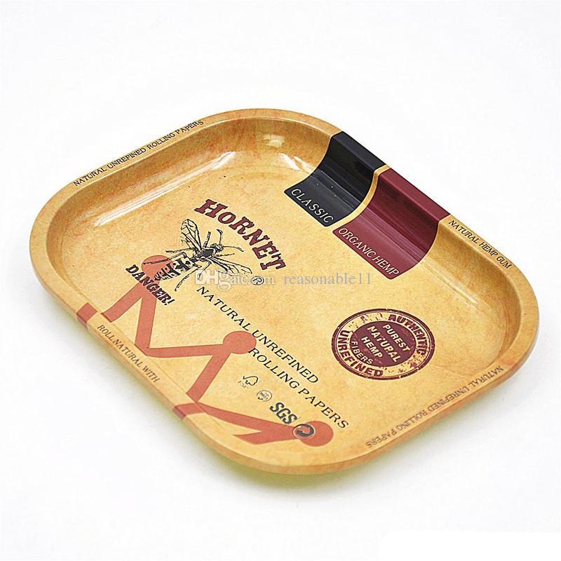 Metallo Tabacco Vassoio di Rollaggio RAW 17cm * 13cm * 1.8cm Handroller rotolamento Vassoi dei Rolling cassa della macchina Attrezzature tabacco smerigliatrice di fumo vano portaoggetti