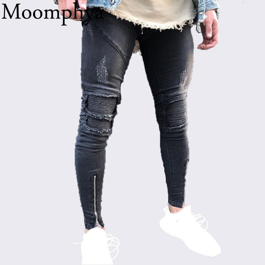 f044898339d Compre Moomphya 2018 Nuevos Hombres Sim Fit Skinny Jeans Agujeros Rasgados  Desgastados Patchwork Plisado Cremalleras Biker Jeans Negros Hip Hop  D18102402 A ...