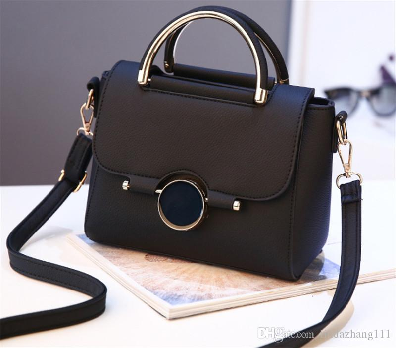 8db862b85cd9 2018 Wholesale Women Leather Handbags Woman Bags High Quality Women S  Messenger Bags Bolsas Pouch Bag Tote 0010 Clutch Bags Designer Bags From  Lindazhang111 ...