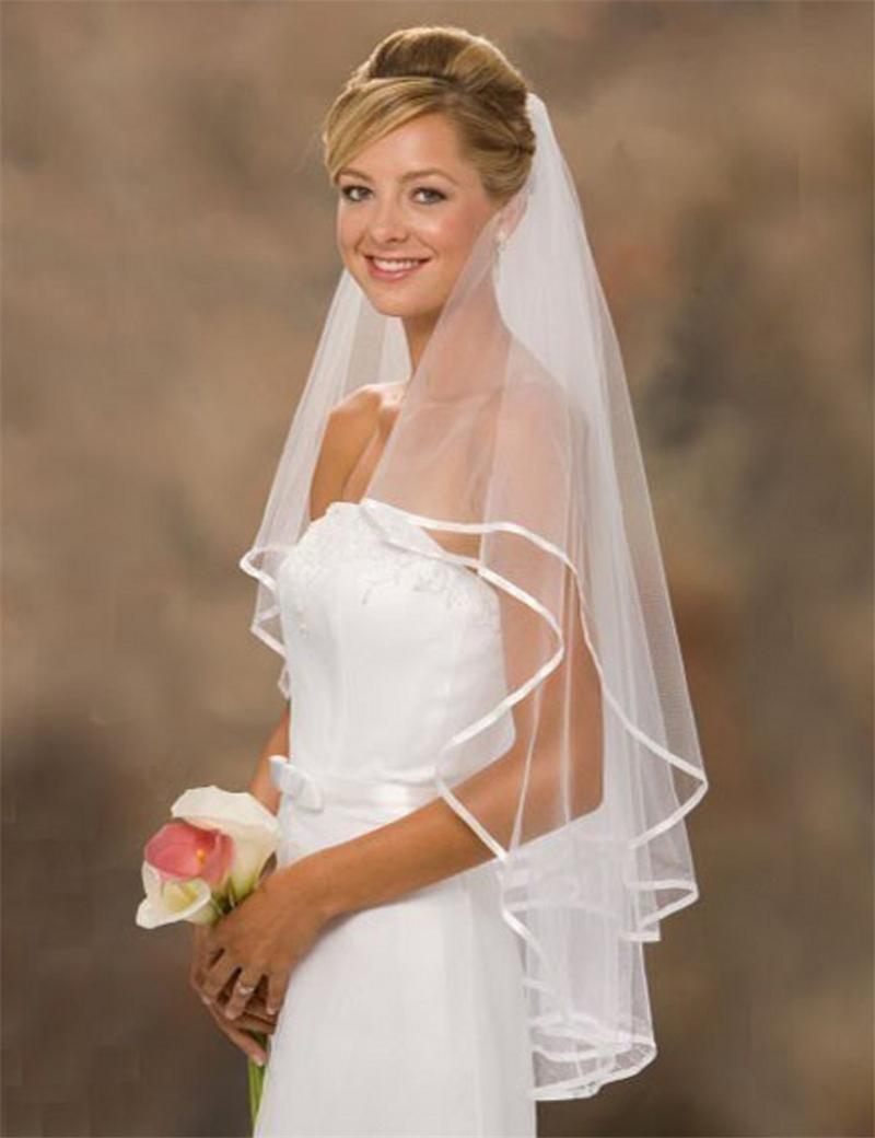 حار بيع 2020 أبيض / العاج تول الساتان حافة الحجاب الزفاف مع الحجاب الزفاف 2-طبقة مع مشط النساء اكسسوارات الزفاف