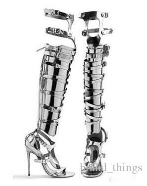 2018 Tamaño grande 10 Precio barato más caliente Oro Plata Charol Sandalias de Gladiador Botas para mujer Corte alto rodilla Sandalias Botas