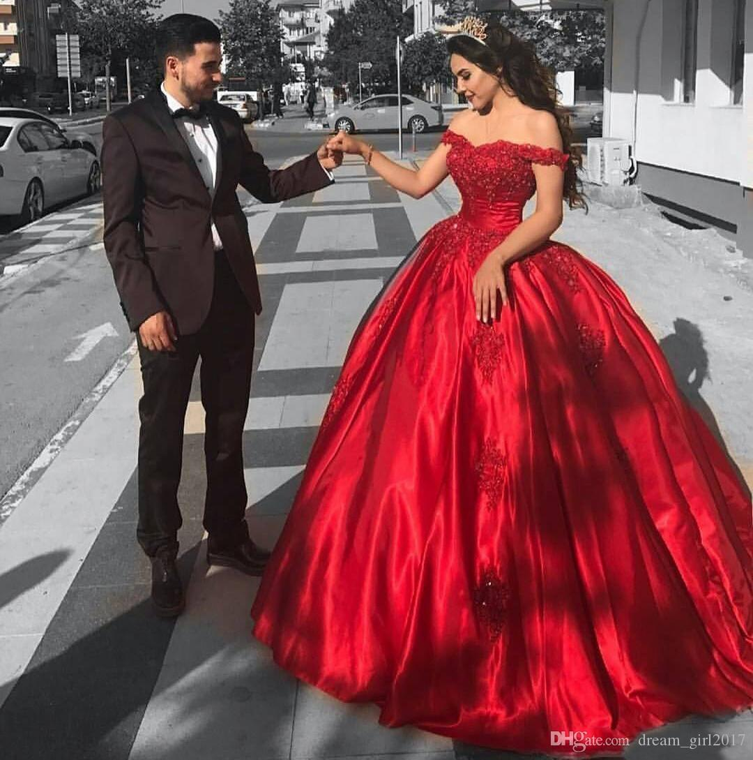 Princess Red Ball Gown Prom Dresses Off Shoulder Appliques Beaded Satin Quinceanera Dresses 2018 Arabic Dubai Engagement EVening Party Dress