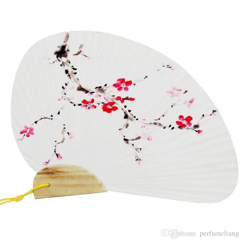 Hochzeit Hand Fan Paddel Papier Fan Mit Holzgriff Weiß Chinese Palace Fan Hochzeit Gefälligkeiten Geschenke Party Supplies QW7055