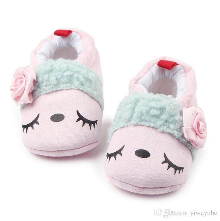 07bce432c6a6 2019 New Fashion Fall Winter Soft Newborn Toddle Shoes Baby Girl And Boy  Cute Anti Slip First Walkers From Yiwuyobe