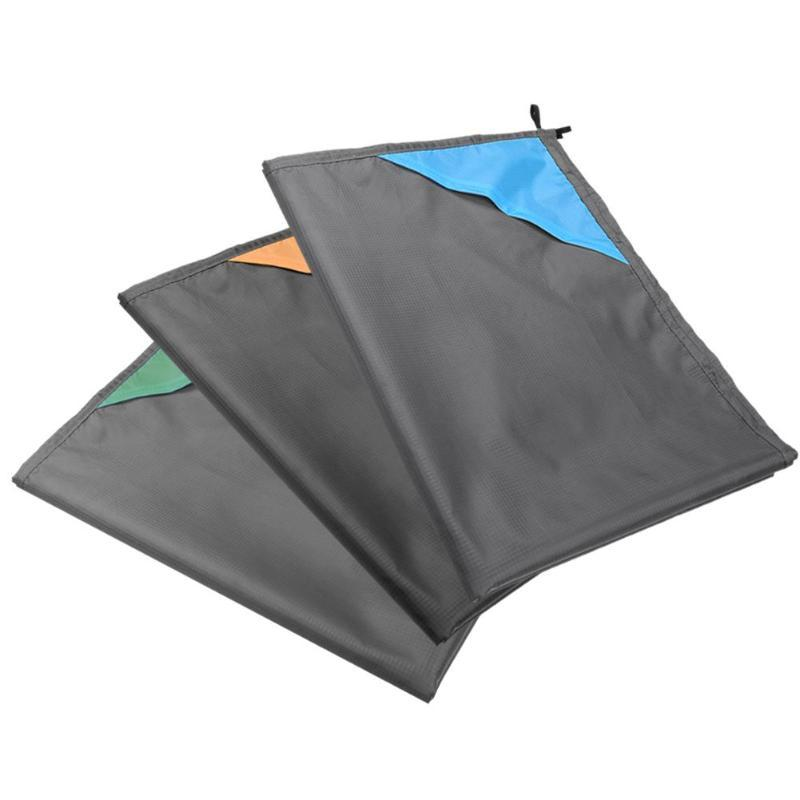 140 x 180cm Portable Folding Waterproof Outdoor Camping Picnic Mat Moistureproof Beach Blanket 3 color