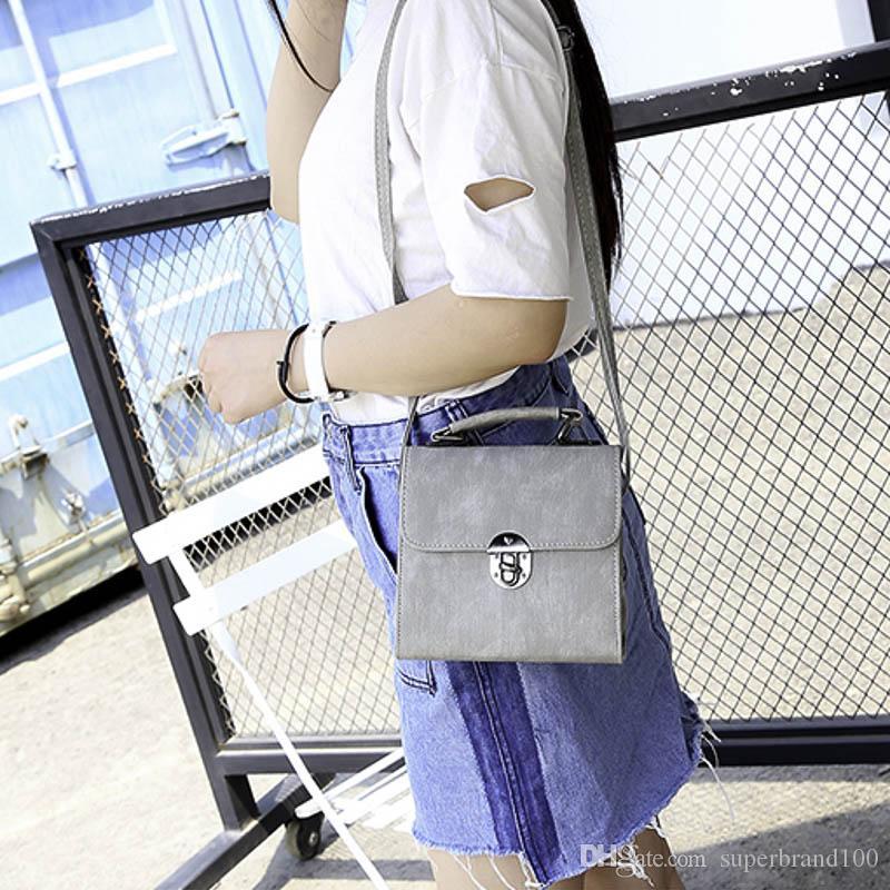 Pu leder frauen handtasche vintage frauen umhängetasche fashion lock weibliche umhängetasche flap frauen tasche