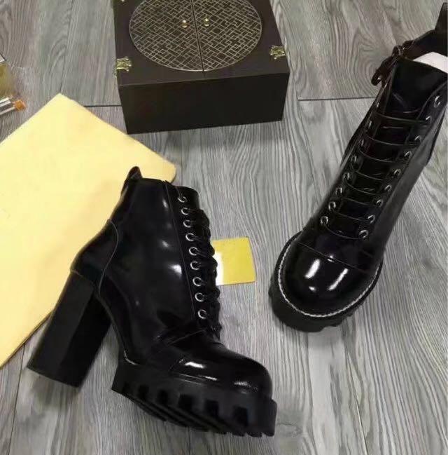 Moda mujer estrella de cuero botas Zapatos de lujo Nuevo cuero genuino punta redonda mujeres Botas Gladiador con cordones talón grueso Botines Zapatos mujeres
