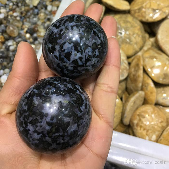 Natural Black stone Quartz Crystal ball Blocks Night Rose tumbled rounded artware roundness playing toy polished crafts gift sphere