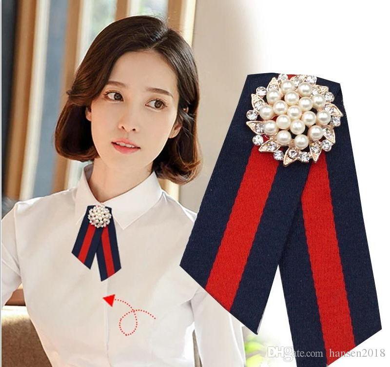 7f132dc127b 2019 Fabric Bow Brooches For Women Necktie Style Brooch Pin Wedding Dress  Shirt Brooch Pin Handmade Accessories Good Gift From Hansen2018