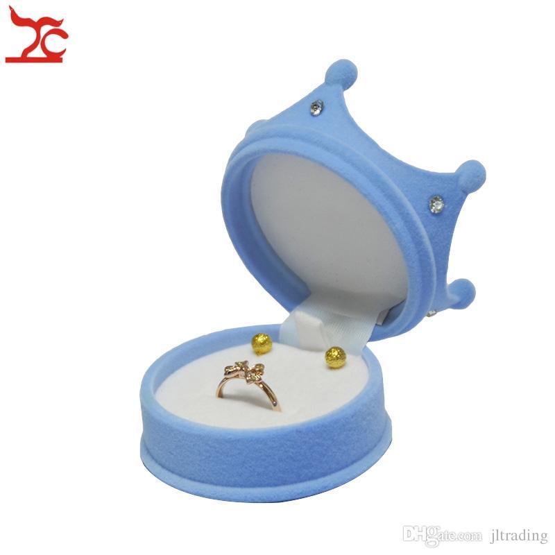 Wholesale Princess Velvet Packaging Box Fashion Ring Holder Earring Stud Pendant Organizer Storage Gift Cases 6*4.5cm