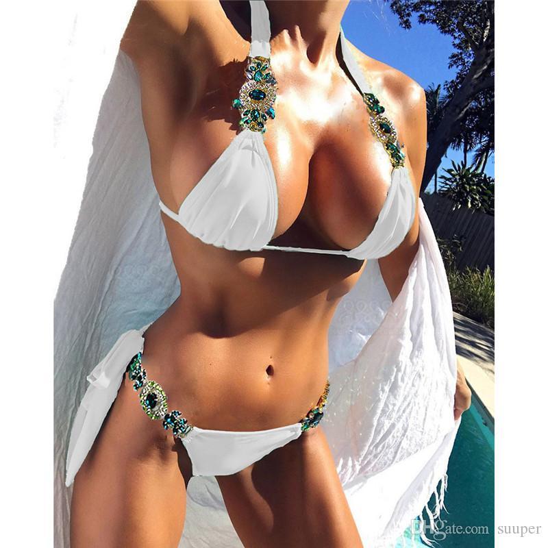 e43f1d7ce Compre Venta Al Por Mayor De Las Mujeres Atractivas Crystal Bikini  Rhinestone Traje De Baño Brasileño Biquini Micro Bikinis Traje De Baño  Pequeño Traje De ...