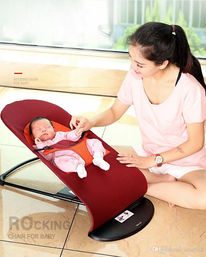 Rocking chair for newborns: on what to choose