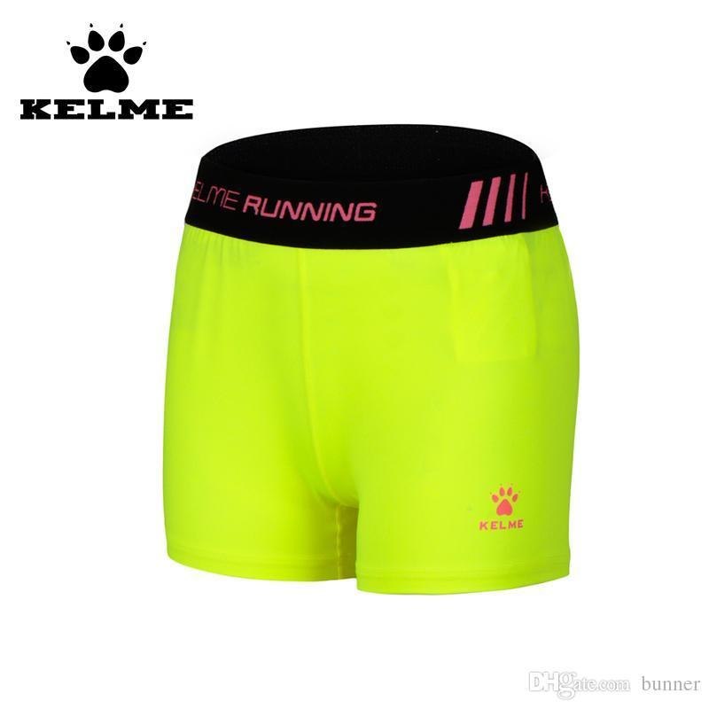 Compre Atacado KELME Espanha Marca Authentic Shorts Running Mulheres 2016  Meias De Compressão Esportes Femininos Jogging Esporte Shorts Alta  Elasticidade 69 ... aeaefa6a1e12c