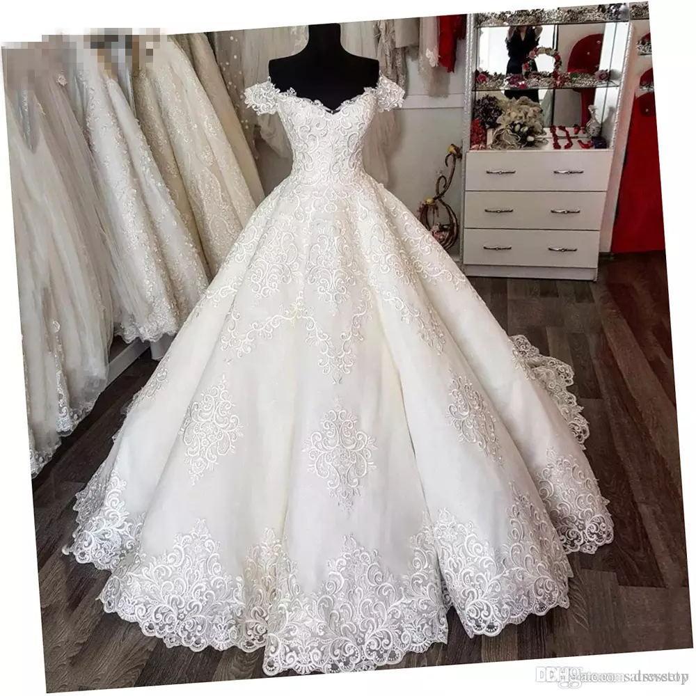 Luxe Arabie Saoudite Vintage Robes De Mariée En Dentelle Empire Puffy Off Épaule Robes De Mariée À Lacets Robe De Noiva Plus La Taille