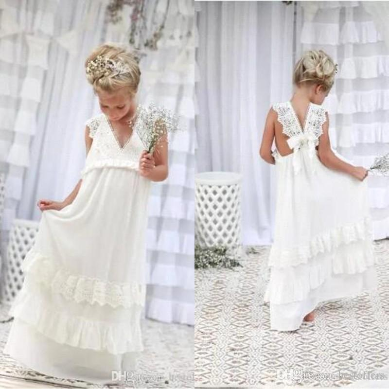 3323040996919 2018 Bohemian Summer Beach Flower Girl Dresses V Neck Vintage Lace Tiers  Lace Cute Princess Girls Dresses For Wedding Custom BA4995