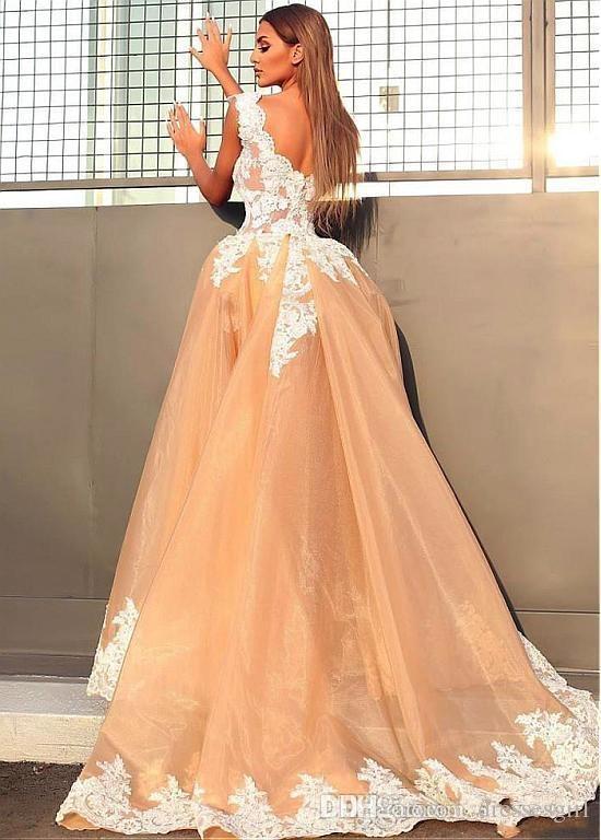 Glamorous Linia Suknie ślubne z odłączanym pociągiem Biała Koronkowa aplikacja Tulle Krótkie suknie ślubne Plaża