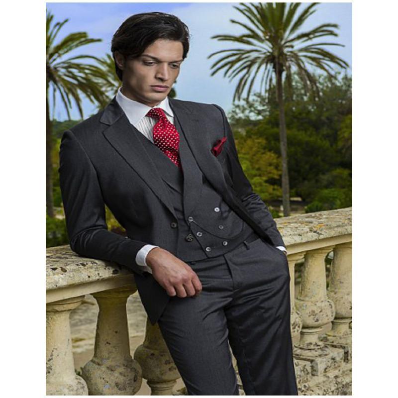 Acquista Abiti Da Sposa Italiani E Cappotti Da Donna Smoking Da Sposo  Groomsman Abito Da Uomo Completo Suit Da Uomo Giacca + Pantaloni + Gilet A   159.68 Dal ... b669feed185