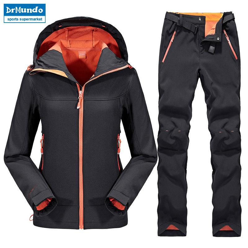 sale retailer 6bebc 5c192 Outdoor Female Hiking Soft Shell Jacket suits with soft shell fleece pant  Sport Waterproof Breathable Warm Fleece Rain Jacket