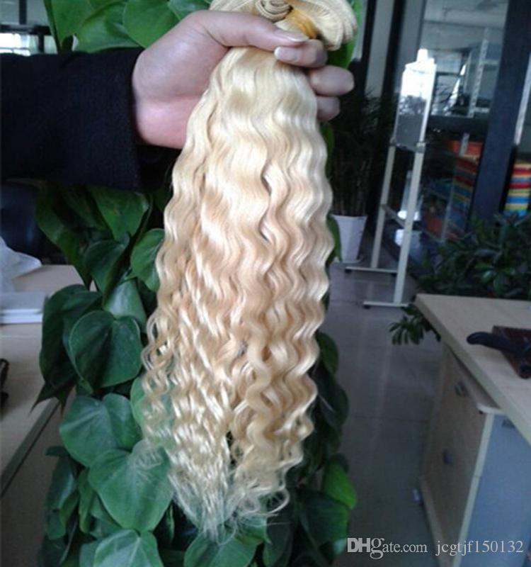 Bundles de cheveux humains blonds vague malaisienne d'armure de tissage / Extension de cheveux non remy Double Trame cheveux blonds vierges