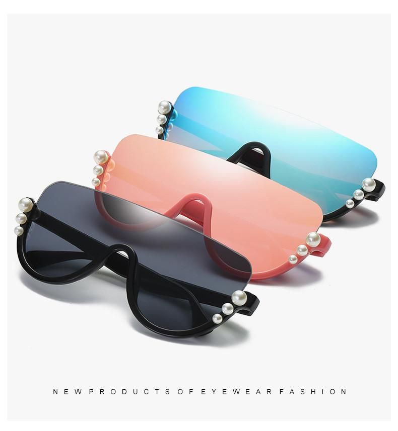 3dd5e2bd12 New Fashion European AndAmerican Fashion One Piece Sunglasses With Large  Frame And Dazzling Color Semi Frame Ladies  Sunglasses Discount Sunglasses  Sports ...