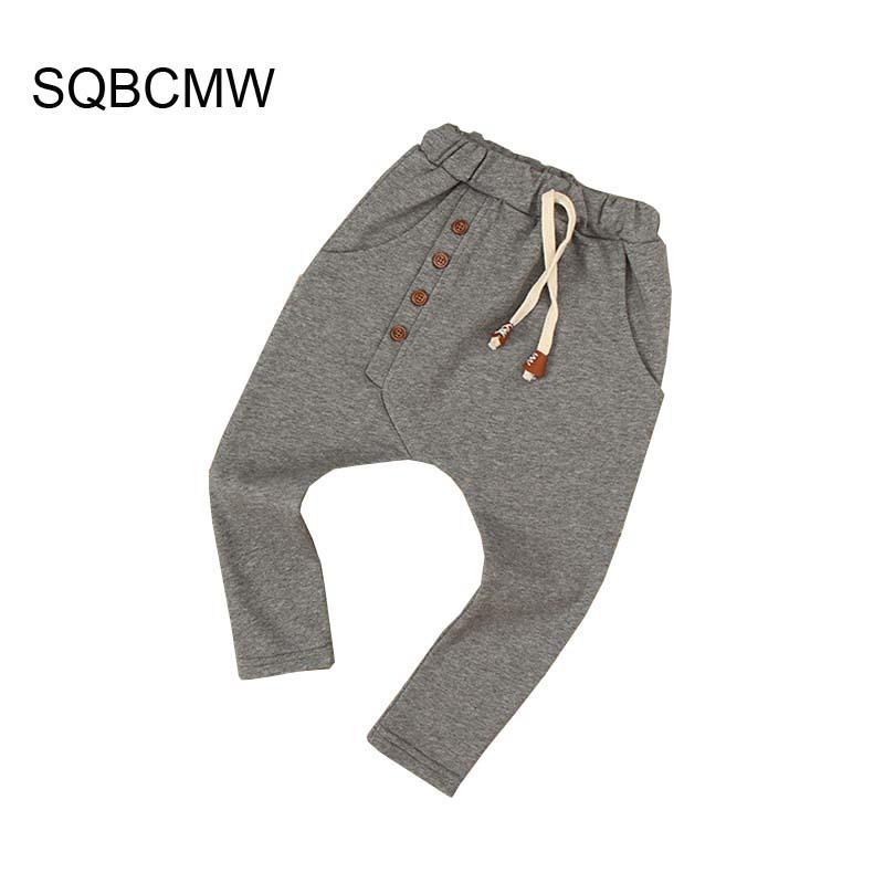 56b827959 SQBCMW 2018 Niños ropa de otoño Niñas pantalones niños pantalones para  niños pantalones harem colores sólidos rojo azul gris verde cuatro ...