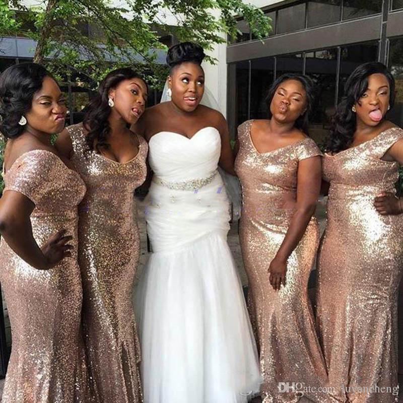 Sparkly Rose Gold Mermaid Brautjungfer Kleider 2018 Off-Schulter Pailletten Backless Plus Size Hochzeit Kleid Light Gold Brautjungfer Kleider