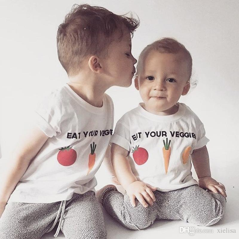 Nuevo bebé niños niñas dibujos animados verduras diseño camisetas niños verano negro blanco Color Tops 1-6Y con manga corta camiseta ZX274