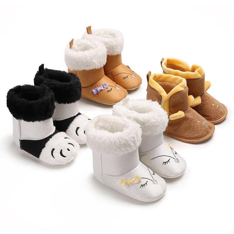 Acheter Mode Hiver Bébé Bottes Fond Mou Intérieur Berceau Chaud Chaussures  Bottes Style Animal Mignon Pour Bébés Filles Garçons 0 18 Mois De  39.27 Du  ... 958955f21818