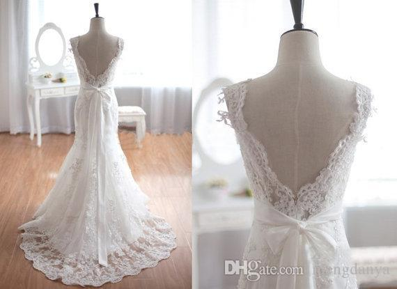 Vintage Inspired Tulle Lace Wedding Dress Taffeta Bridal Gown Deep V ...