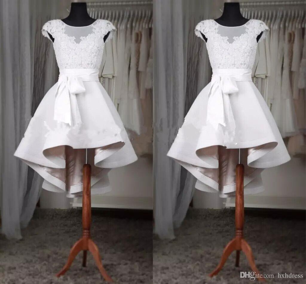 2019 élégantes robes de bal courtes en dentelle blanche de bal cap manches pure appliques de dentelle satin haut bas robes de bal sur mesure robes de soirée