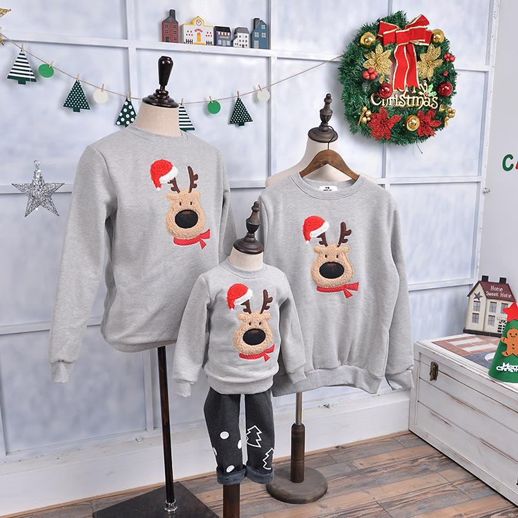 2017 New Family Matching Outfits Christmas Sweater Cute Deer Santa Claus Trees Hats Design Kid Hoodies Thick Warm Family Clothes