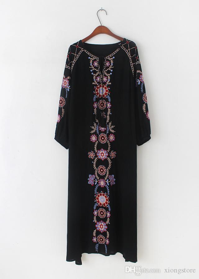 2019 Kadın Elbiseler Bohemian Mujer Çiçek Plaj Tatil Vestidos Katı Uzun Kollu V Boyun Maxi Beyaz Ve Siyah Işlemeli Uzun Gündelik Elbise