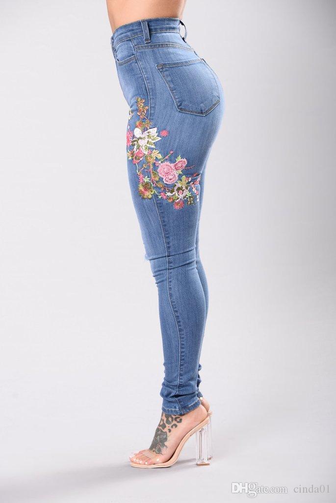 3XL نساء الدينيم تطريز زهري العليا الإمتداد جينز الكبير يارد ضوء أزرق داكن اللباس الداخلي سروال سروال ارتفاع الخصر