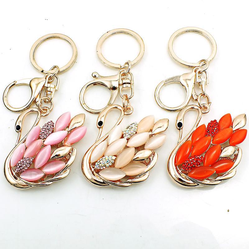 Mode plaqué or animal homard fermoir porte-clés en métal strass opale cygne charmes porte-clés pour les femmes de luxe sac à main bijoux