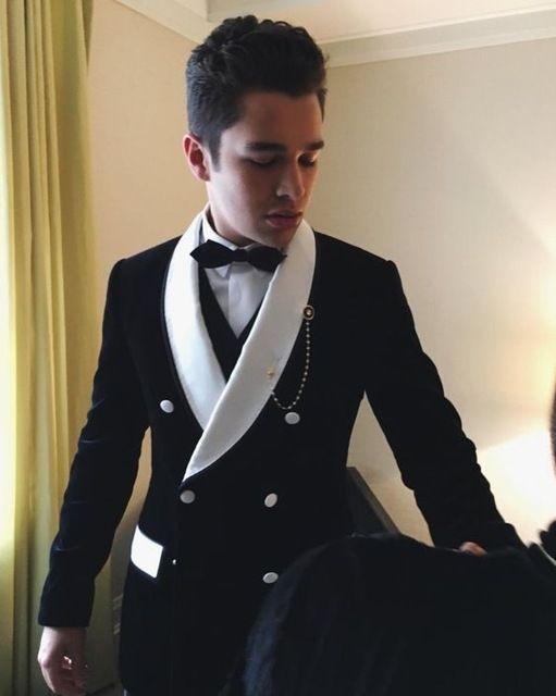 33007658eb3 2019 2018 New Black Velvet Wedding Suits For Men Jacket Groom Tuxedo Slim  Fit Custom Mens Suit Prom Blazer Smoking Masculino From Yujiu