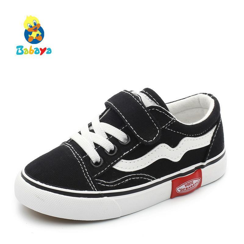 b5d834fa056 Compre 2018 Otoño Nuevos Niños Zapatos De Lona Niñas Zapatillas De Deporte  Respirable Primavera Moda Niños Zapatos Para Niños Zapatos Casuales  Estudiante A ...