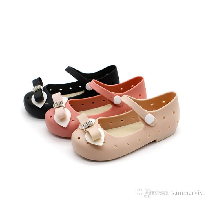 eef685e461b49 Children Jelly Shoes Boutique Girls Rhinestones Bows Sandals Shining Girls  Princess Sandals Kids Hollow Fragrance Beach Sandals Y4150 Reef Sandals  Shose For ...